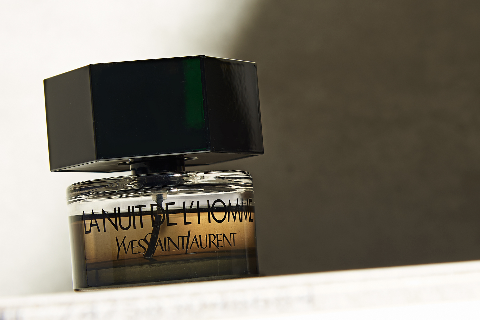 productphotography_fragrance_ysl copy.jpg