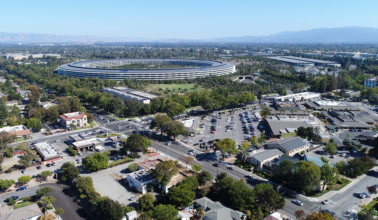 Apple Campus Aerial-X2.jpg