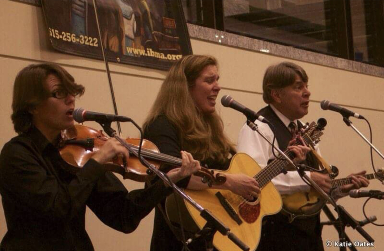 2014 IBMA Showcase Performance