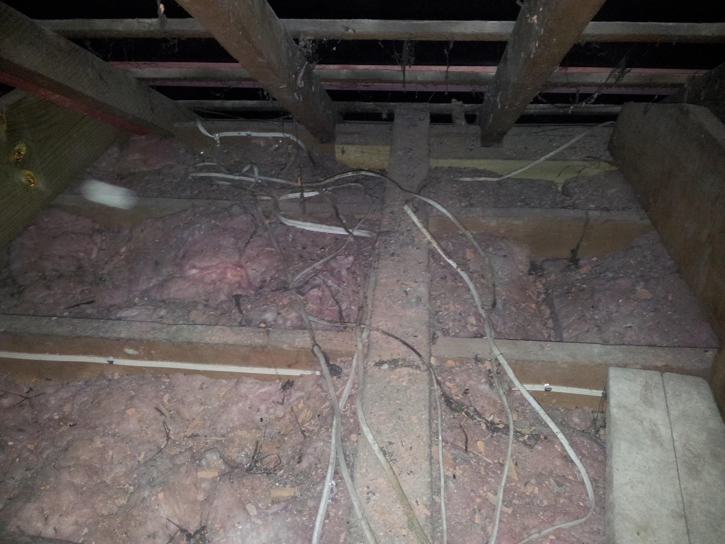 poor_roof_wiring1.jpg