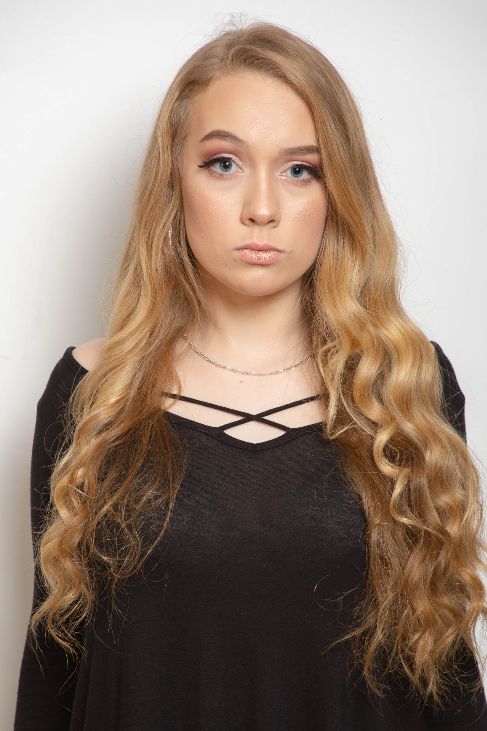 Elizabeth - Model / Dancer