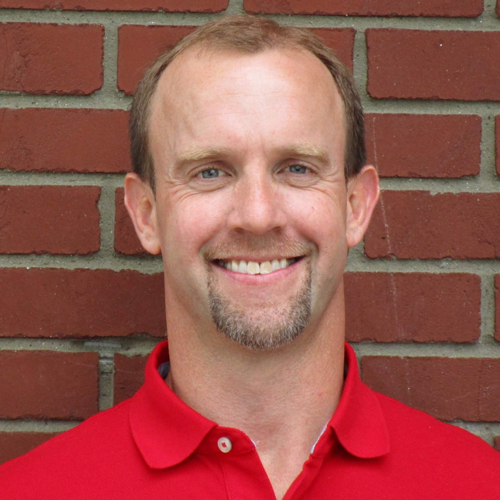 Dane Helsing - Pastor | ElderDane has served as the pastor of Beacon Community Church since it began in 2015. He is married to Laura and they have two energetic children, Cecile and Soren. Dane enjoys spending time with his family and doing just about anything outside—running, biking, hiking, basketball, and gardening.