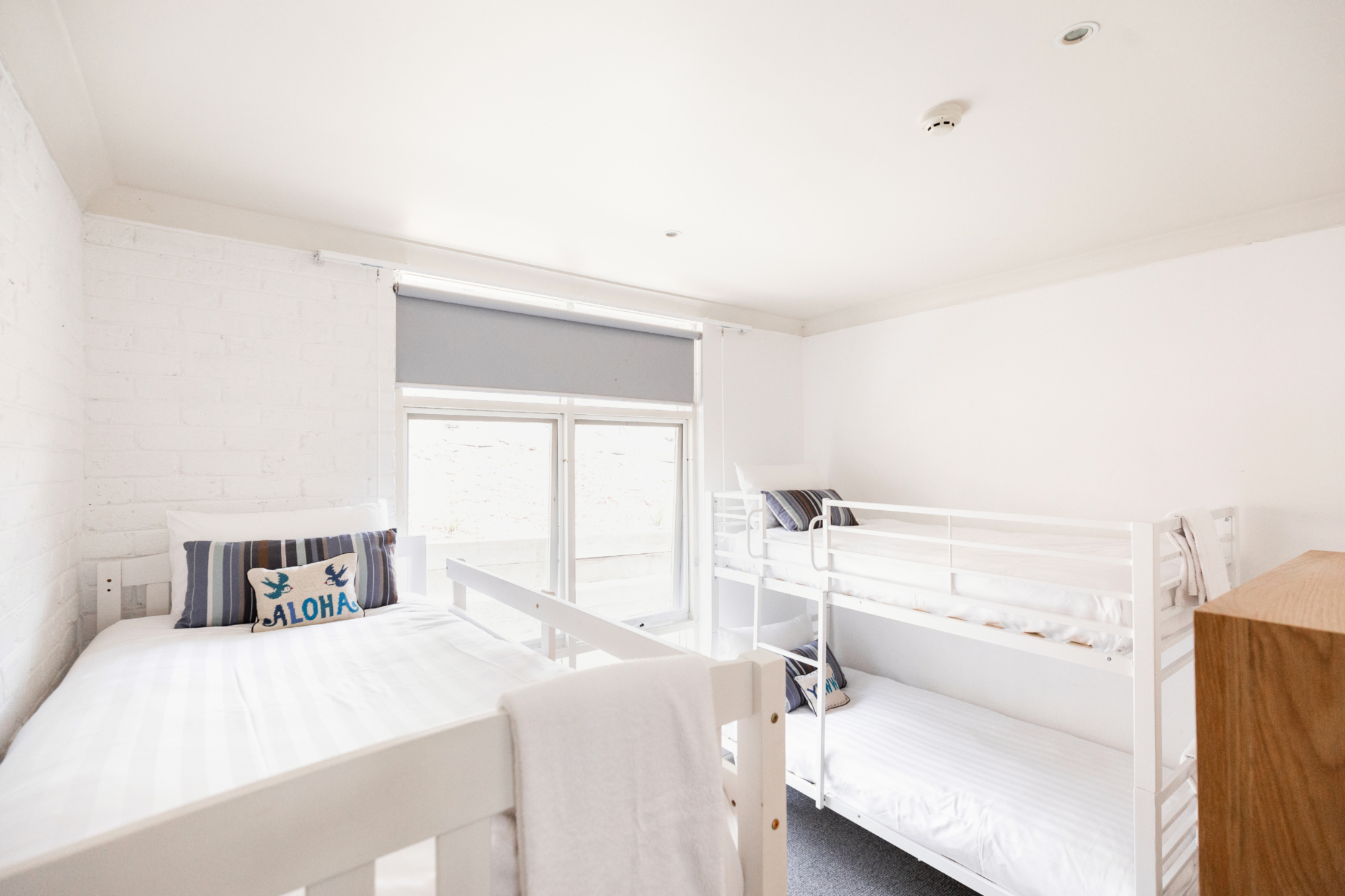 Lorne_hotel_unit_bunks.jpg