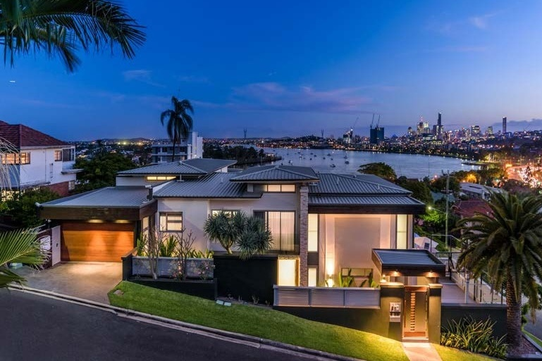 A night of compassion2019 - A twelve month loan offered to enable the borrower to settle a luxury residential property which they purchased under an option agreement five years ago.LVR • INVESTMENT • RETURN64% • $1,300,000 • 14%