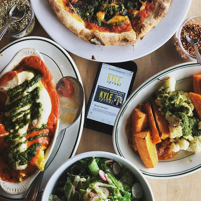 We are looking forward to Wednesday's Rally for Kyle at Rally Pizza! Enjoying a tasty plant-based lunch spread while we work. Don't forget to come by on Wednesday from 5-9p for a super fun evening filled with great kids' activities, fantastic raffle prizes, and delicious food & drink specials. Come hang out with Kyle and really cool friends and neighbors. See you Wednesday!! #onboardwithkyle #rallypizza #eatlocal #supportlocal #vegan #vancouverusa #rockthevote #pizza #supportlocalfarmers #wednesdaynightparty #pizzaparty