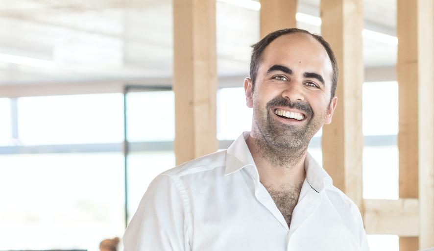 Machermentalität ist ausschlaggebend - Ein Interview mit Gründer, Emanuel Steiner
