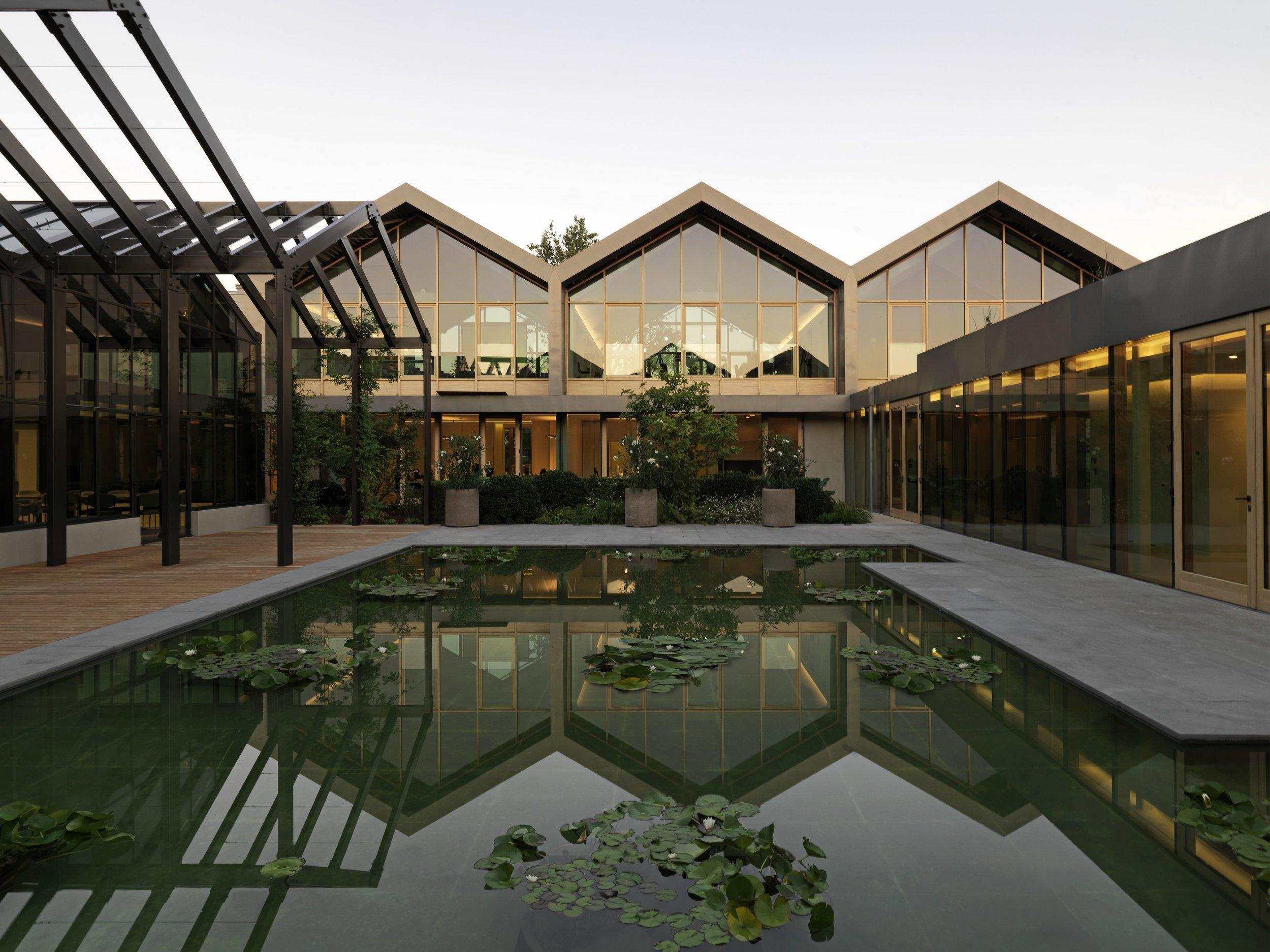 2.Davines Village_External view waterlilies court1.jpg