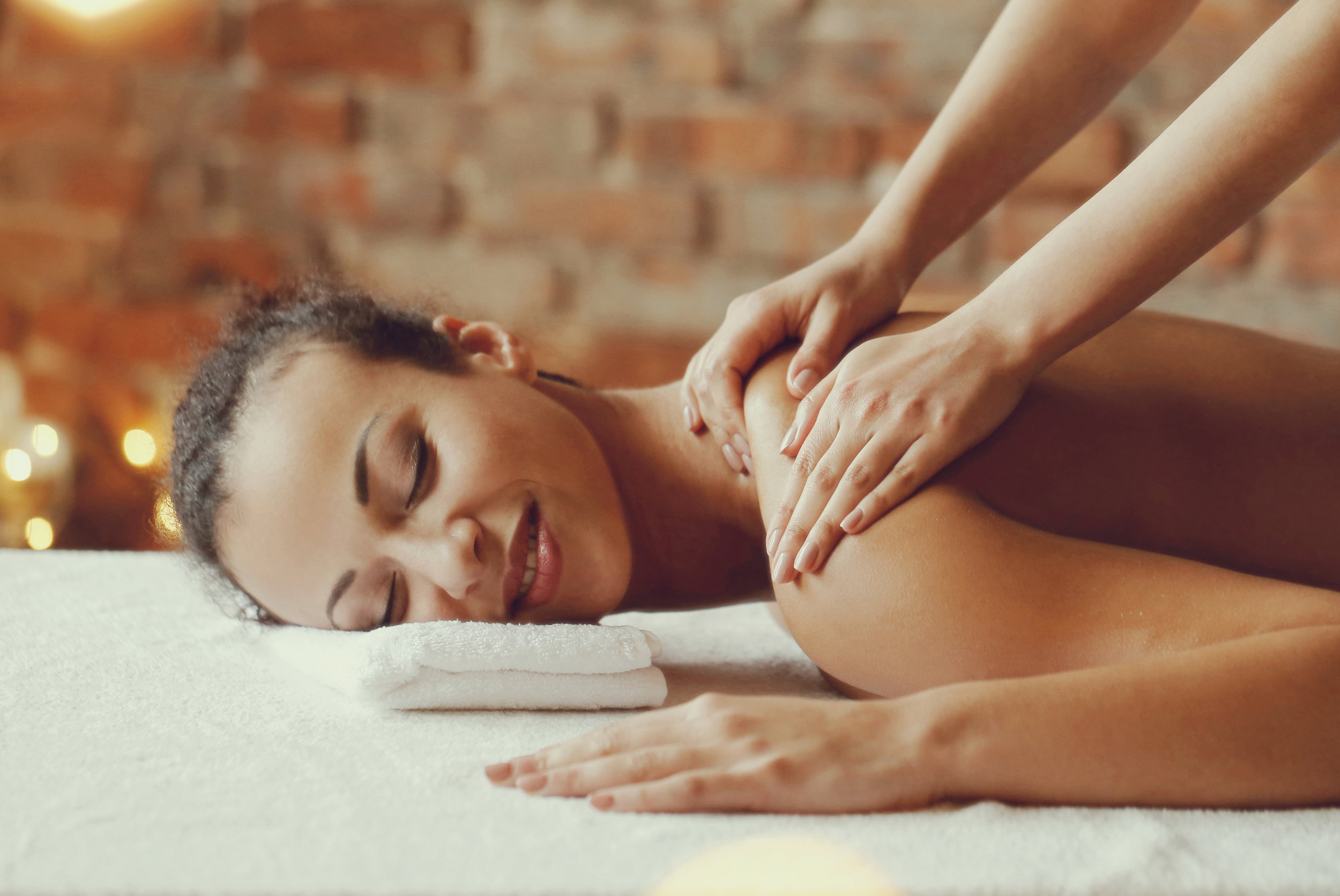southwind-health-collective-woman-receiving-massage