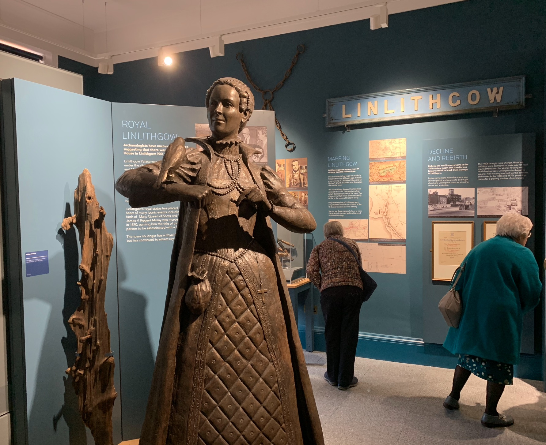 GALLERY 1 - CIVIC LIFE - Learn about civic life in Linlithgow and celebrate the town's rich royal heritage. This gallery features our stunning Mary, Queen of Scots statue, which was the first life-size statue of her to be commissioned in Scotland.