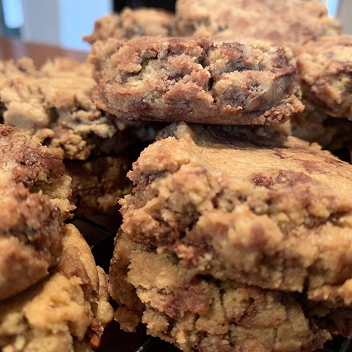 peanut choc brownie.jpg