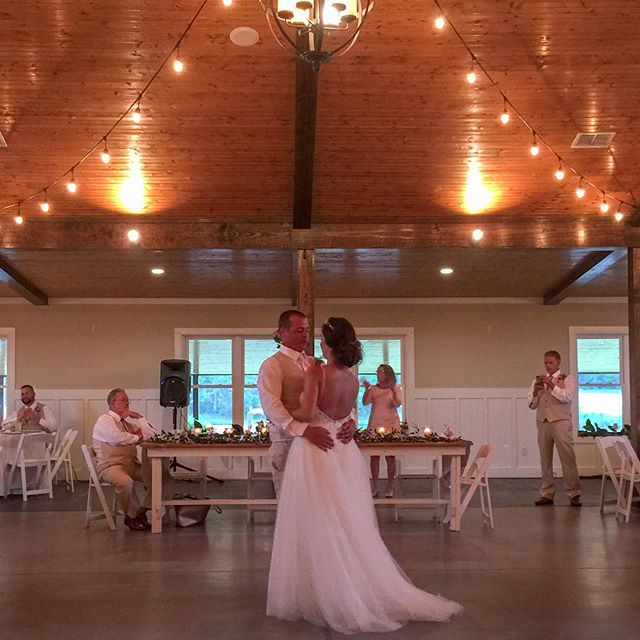 The first dance is always so magical. ✨ Especially under the beautiful lights in our event barn! They create the perfect ambiance while you gaze into each other's eyes. 😍 * * *  #vinooasi #vinooasiwedding #wedding #vineyardwedding #venue #weddingplanner #weddingplanning #bride #groom #bridesmaids #groomsmen #specialday #engaged #bridetobe #gettingmarried #farm #celebrate #love #ncwedding #ncweddingvenue #photography #northcarolina #weddingphotography #eventplanner #eventvenue #weddinginspiration #weddinginspo #weddinggoals