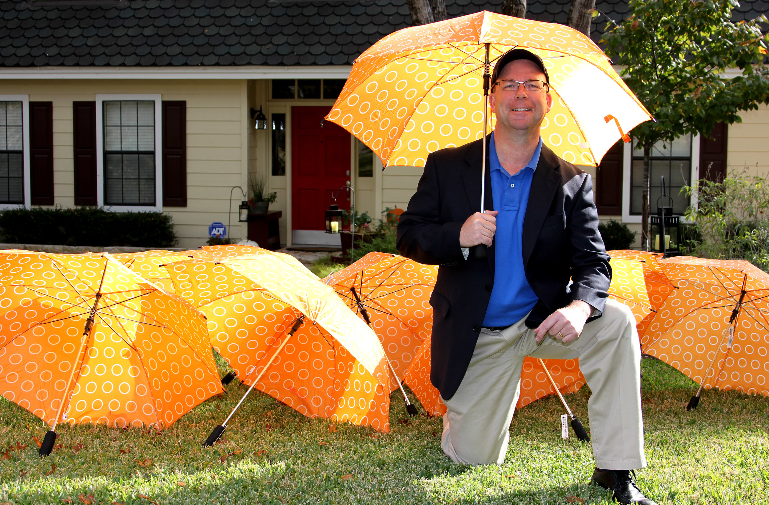 UMBRELLA INSURANCE  Having coverage that extends beyond the typical range is where an  umbrella policy  comes into play.   Farmers offers a full range of  Umbrella policies  designed to fit your specific needs.