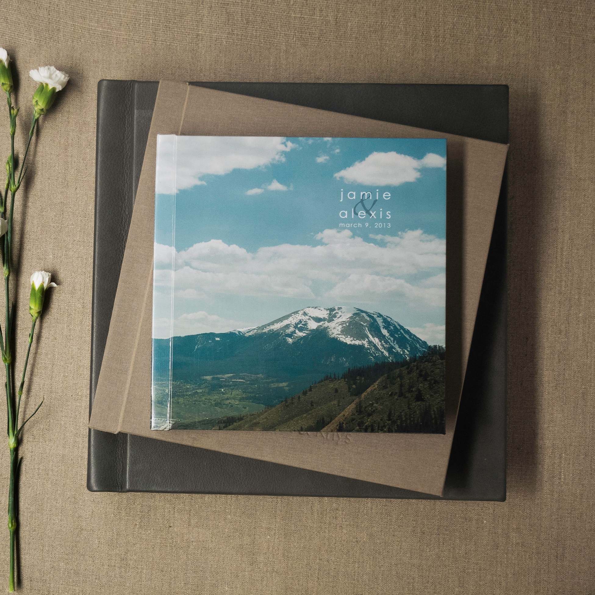 PORTRAIT BOOK -