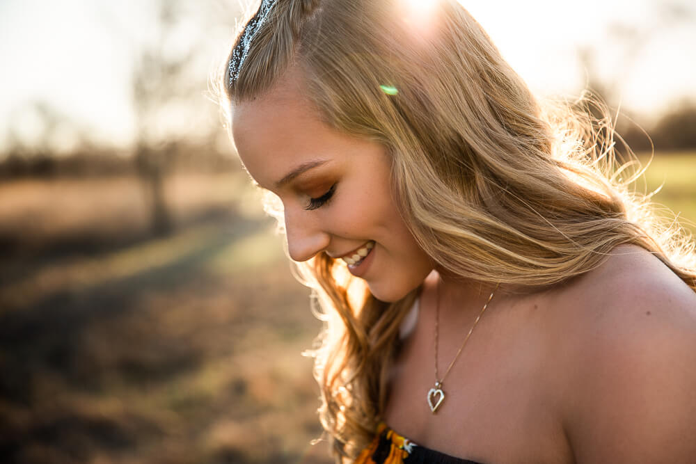 sioux-city-senior-photography-boho-glitter-field-suing-studios.jpg
