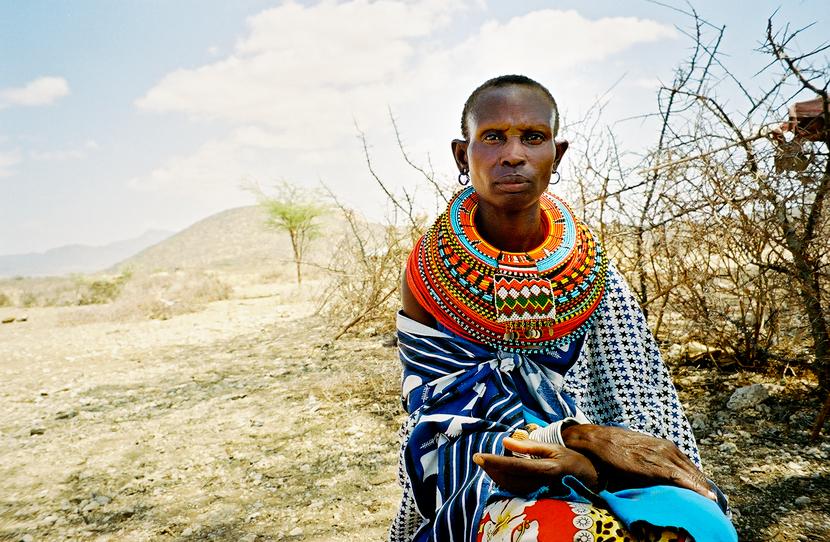 Samburu-woman-sitting.jpg