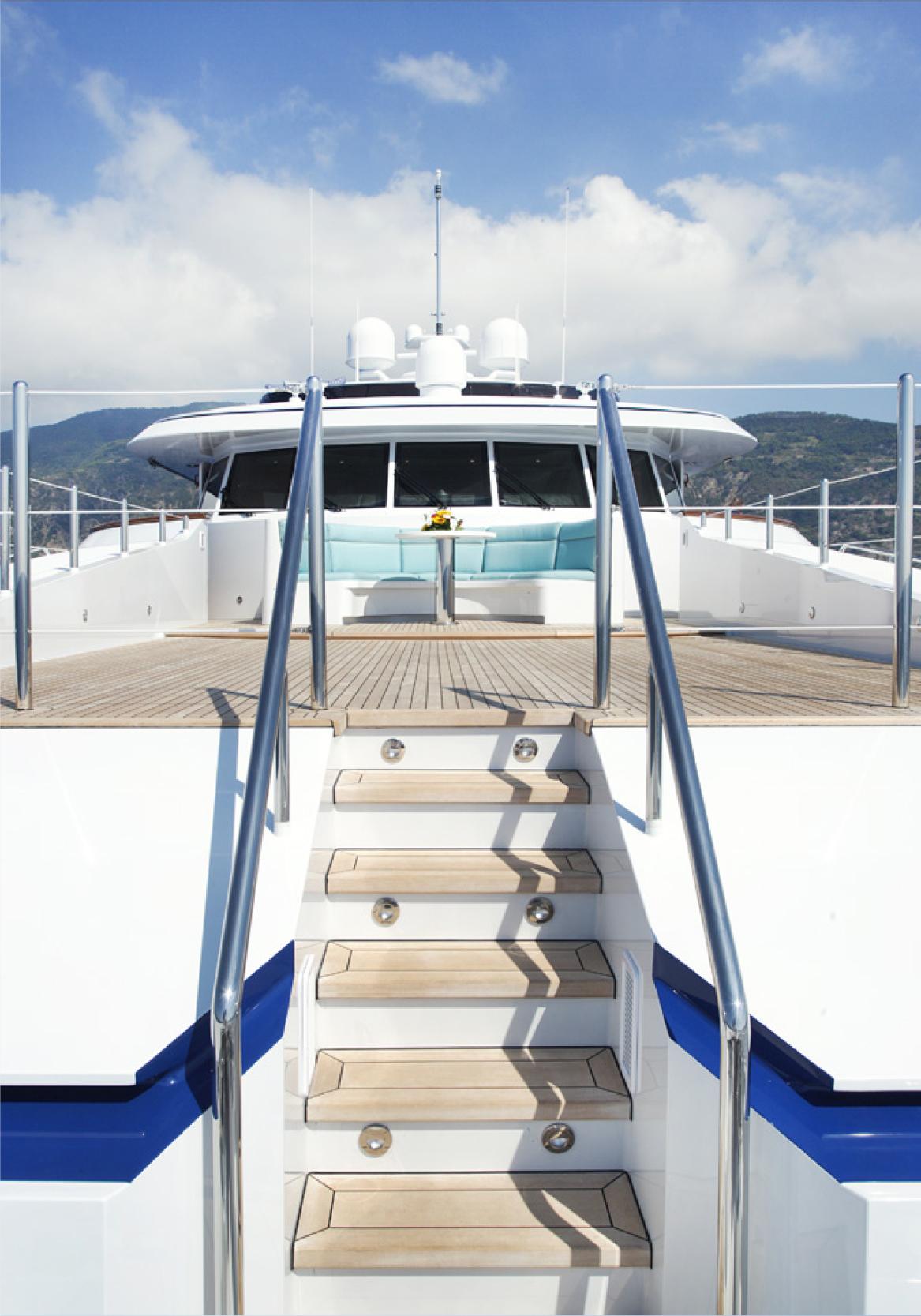 Karen-Lynn-Interior-Design-Yacht-Falcon-37.jpg