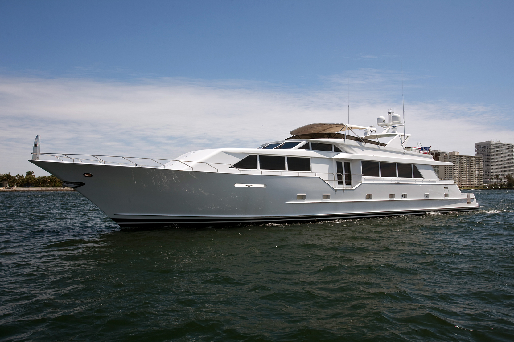 Karen-Lynn-Interior-Design-Yacht-Doubledown_3.jpg