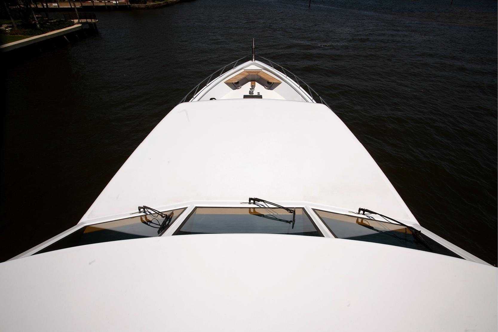 Karen-Lynn-Interior-Design-Yacht-Doubledown_11.jpg