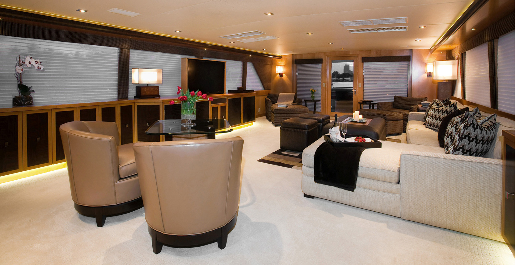Karen-Lynn-Interior-Design-Yacht-Doubledown_15.jpg