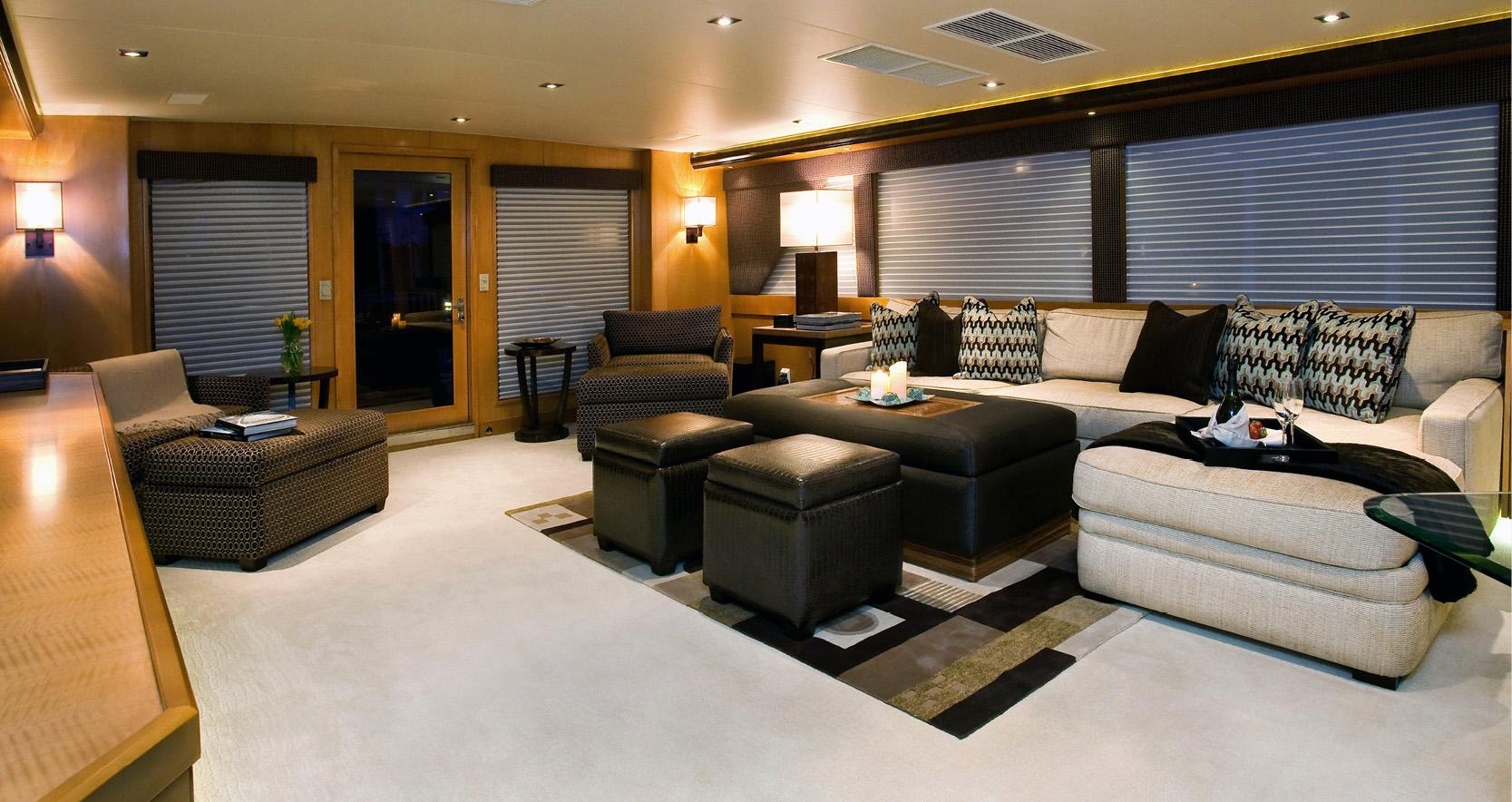 Karen-Lynn-Interior-Design-Yacht-Doubledown_16.jpg