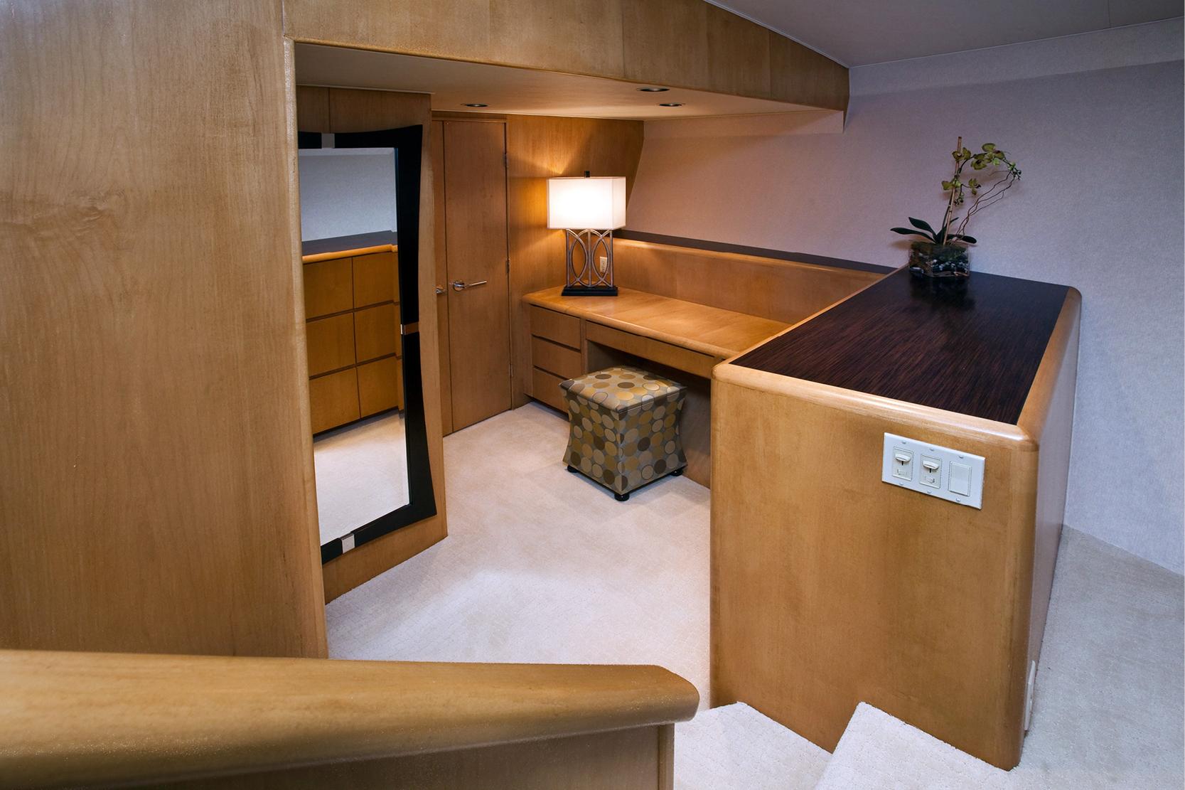 Karen-Lynn-Interior-Design-Yacht-Doubledown_21.jpg