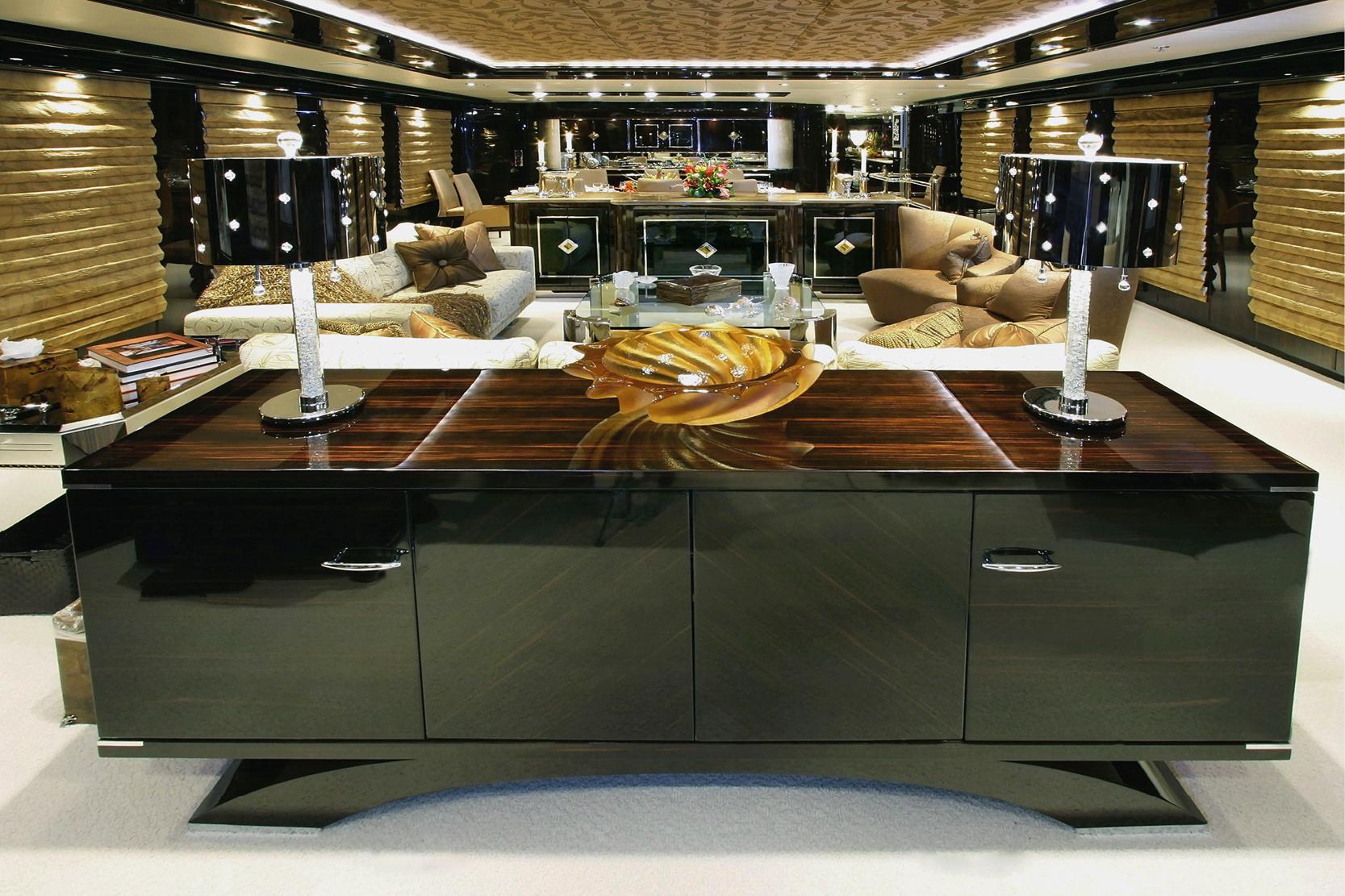 Karen-Lynn-Interior-Design-Yacht-Xilonen_4.jpg