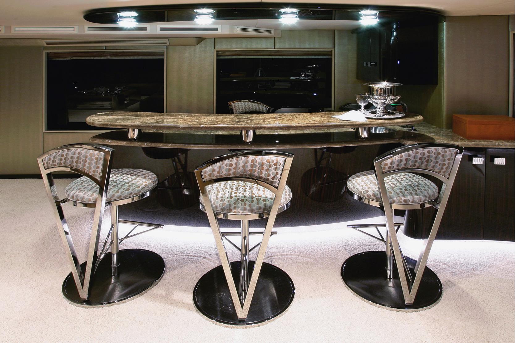 Karen-Lynn-Interior-Design-Yacht-Xilonen_19.jpg
