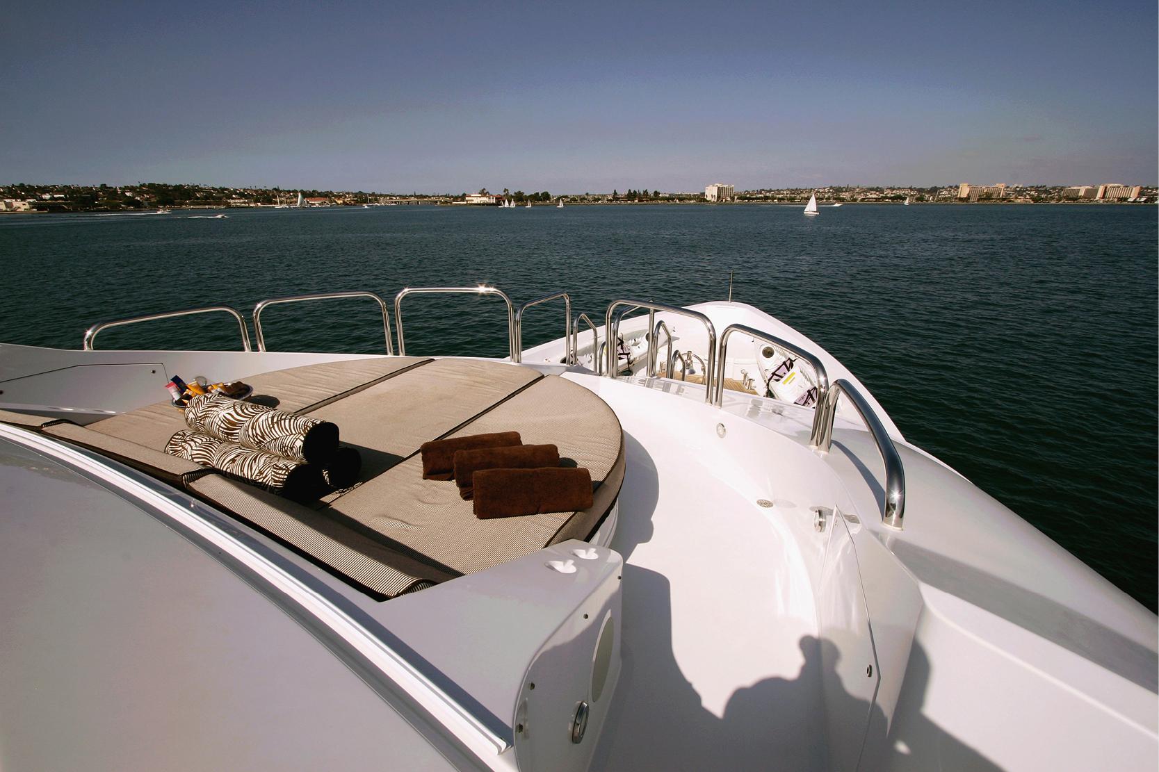 Karen-Lynn-Interior-Design-Yacht-Xilonen_22.jpg