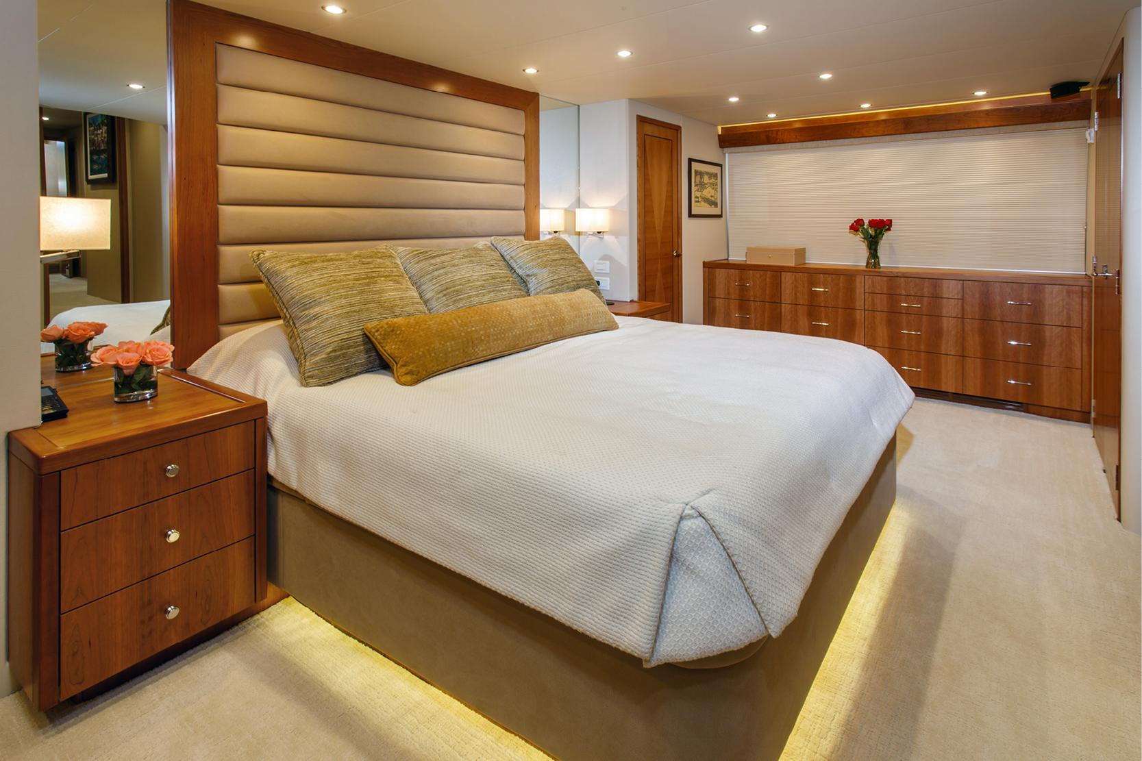 Karen-Lynn-Interior-Design-Yacht-Elmiran_16.jpg
