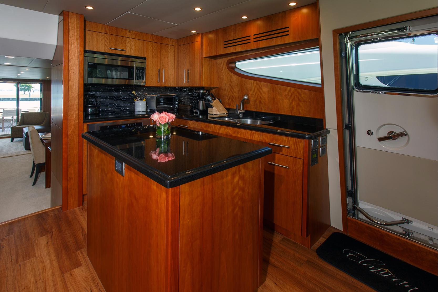 Karen-Lynn-Interior-Design-Yacht-Elmiran_7.jpg