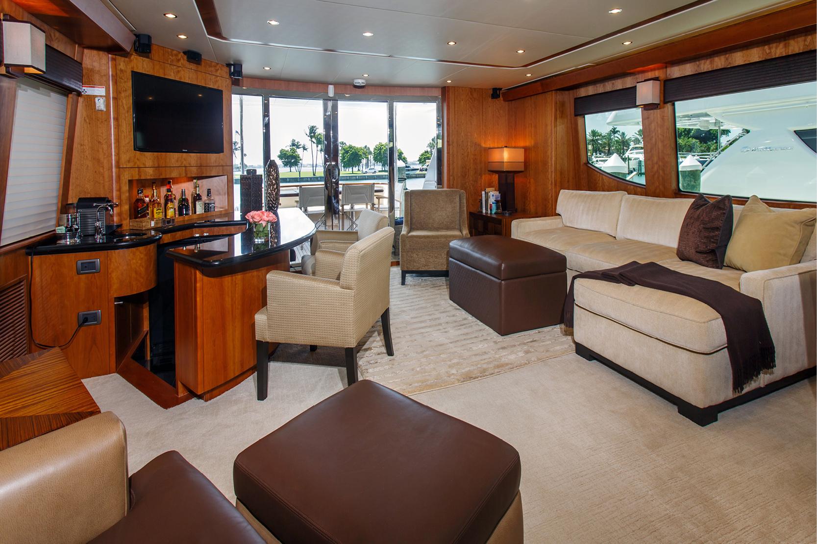 Karen-Lynn-Interior-Design-Yacht-Elmiran_12.jpg