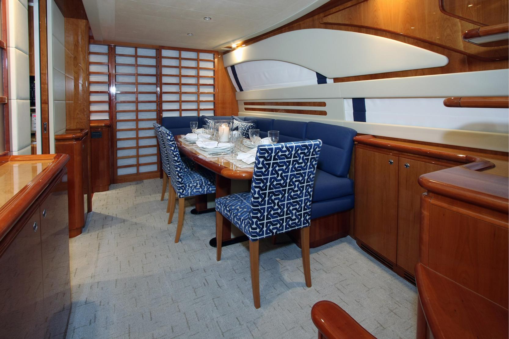 Karen-Lynn-Interior-Design-Yacht-Sioux_2.jpg