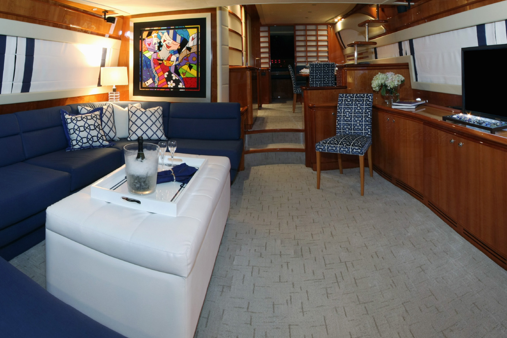 Karen-Lynn-Interior-Design-Yacht-Sioux_14.jpg