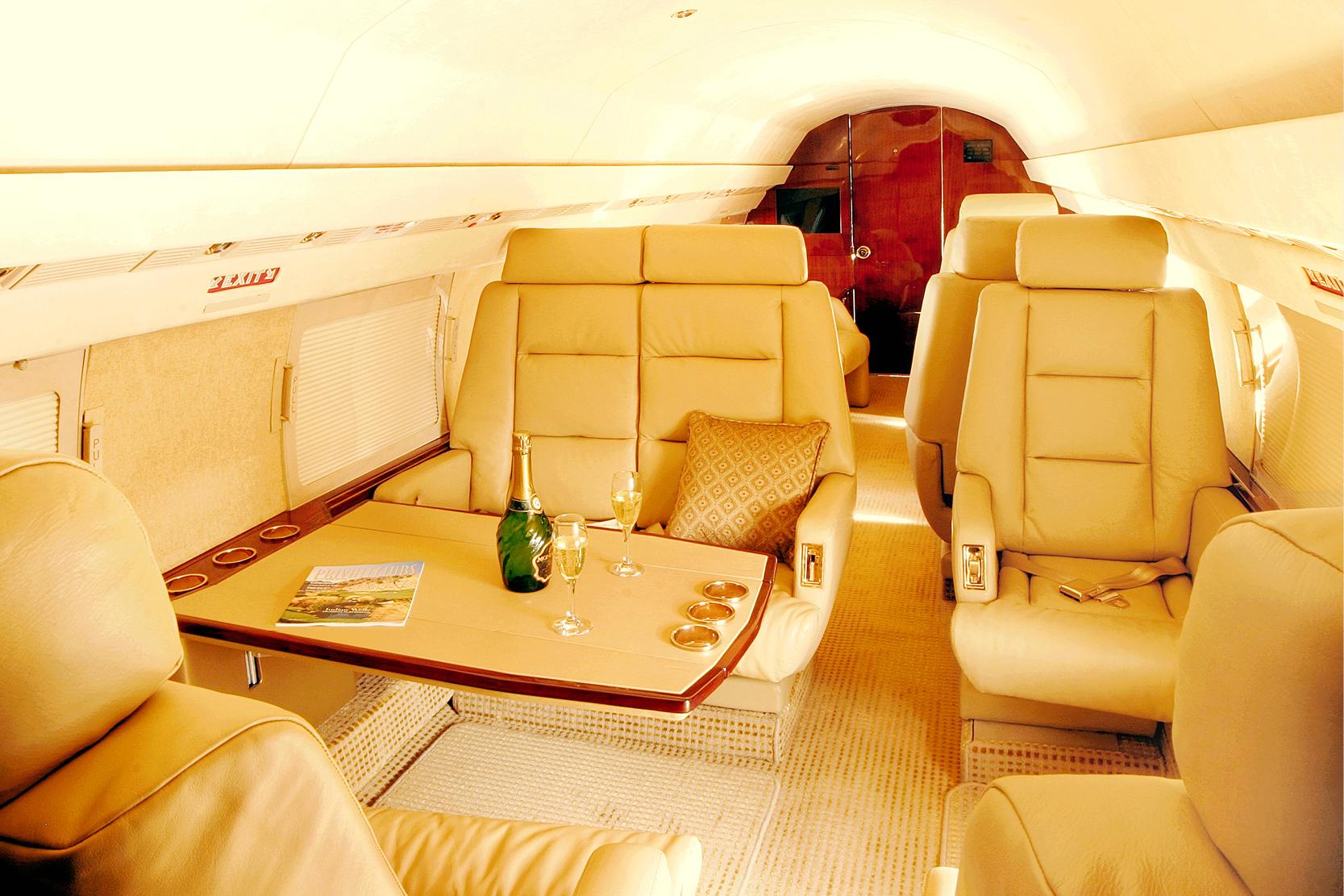 Karen-Lynn-Interior-Design-Aircraft-212_13.jpg