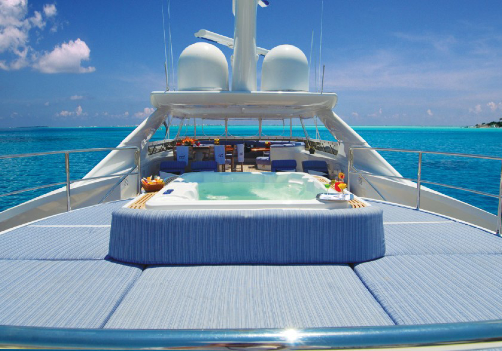 Karen-Lynn-Interior-Design-Yacht-Sea-Dweller-8.jpg