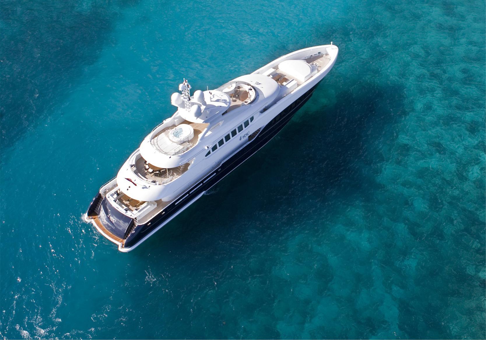 Karen-Lynn-Interior-Design-Yacht-Sea-Dweller-21.jpg