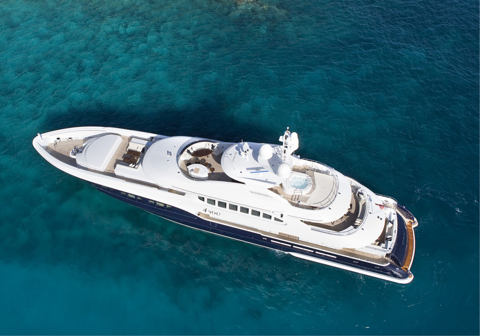 Karen-Lynn-Interior-Design-Yacht-Sea-Dweller-23.jpg