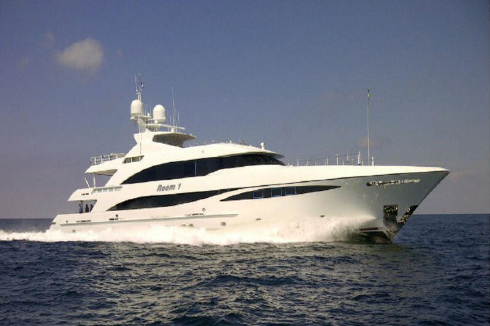 Karen-Lynn-Interior-Design-Yacht-Reem_13.jpg