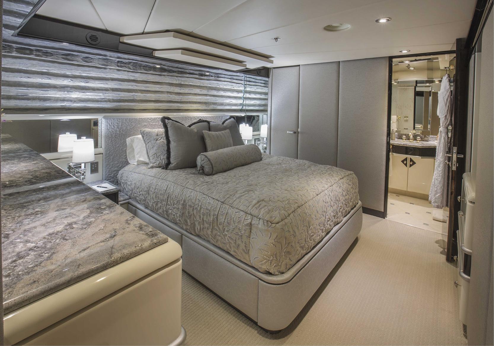 Karen-Lynn-Interior-Design-Yacht-Lady_Bee-14.jpg
