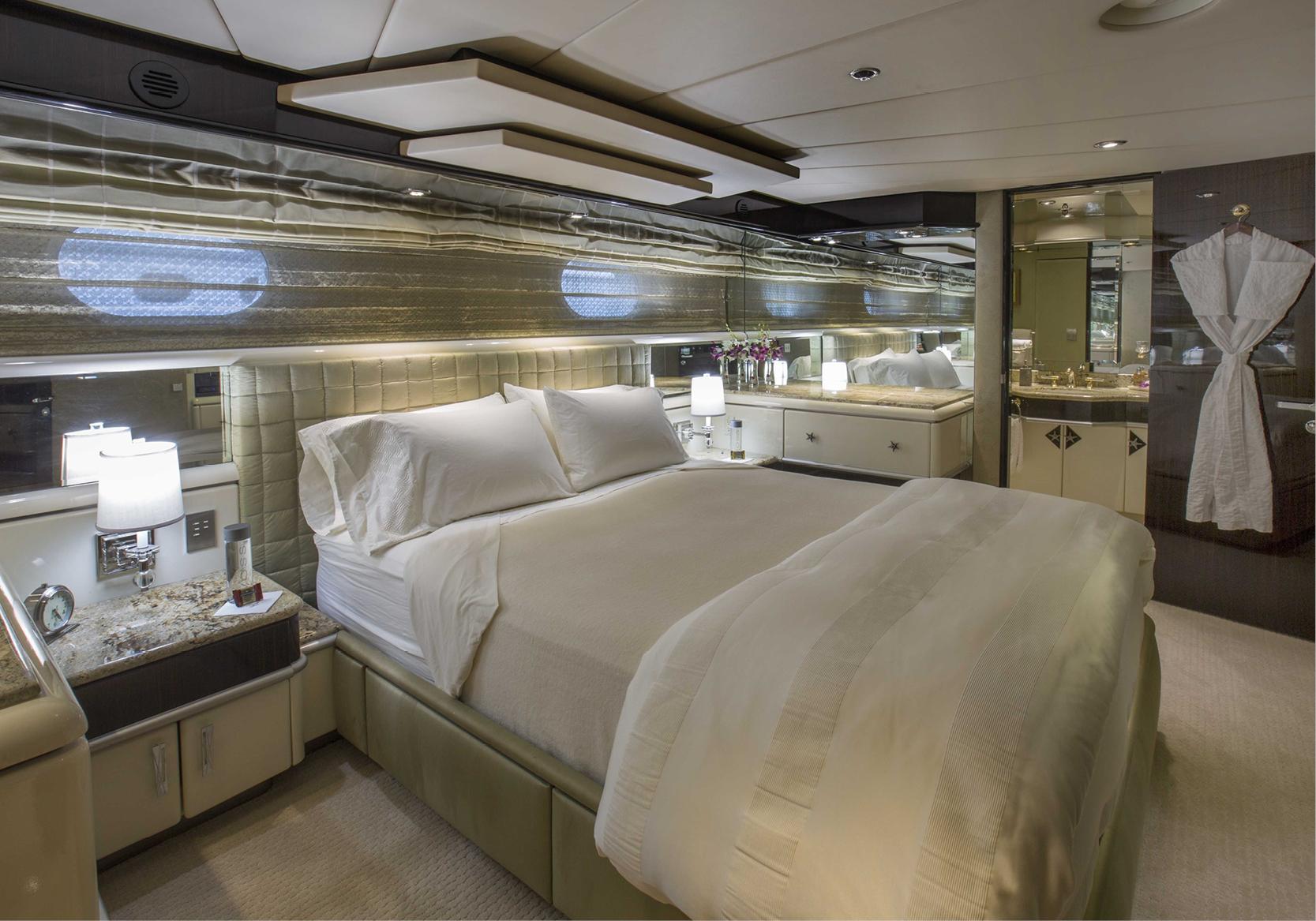 Karen-Lynn-Interior-Design-Yacht-Lady_Bee-13.jpg