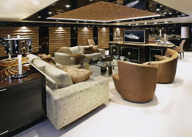 A throw back previous refit on M/Y Xilonen a 142Ft Christensen! Still one of my favorite and epic refit projects finished in record time and nominated refit of the year by Showboats!  #yachtcaptain #yachtrefit #yacht #mexico #yachting #yachtinteriors #yachtlife #yachtmaster #yachtbroker #yachties #yachtbuilder #christensenyachts #yachtparty #yachtinteriordesign #yachtstylist #yachtdesign #shipyard #yachtlife #yachtdesigner #showboats