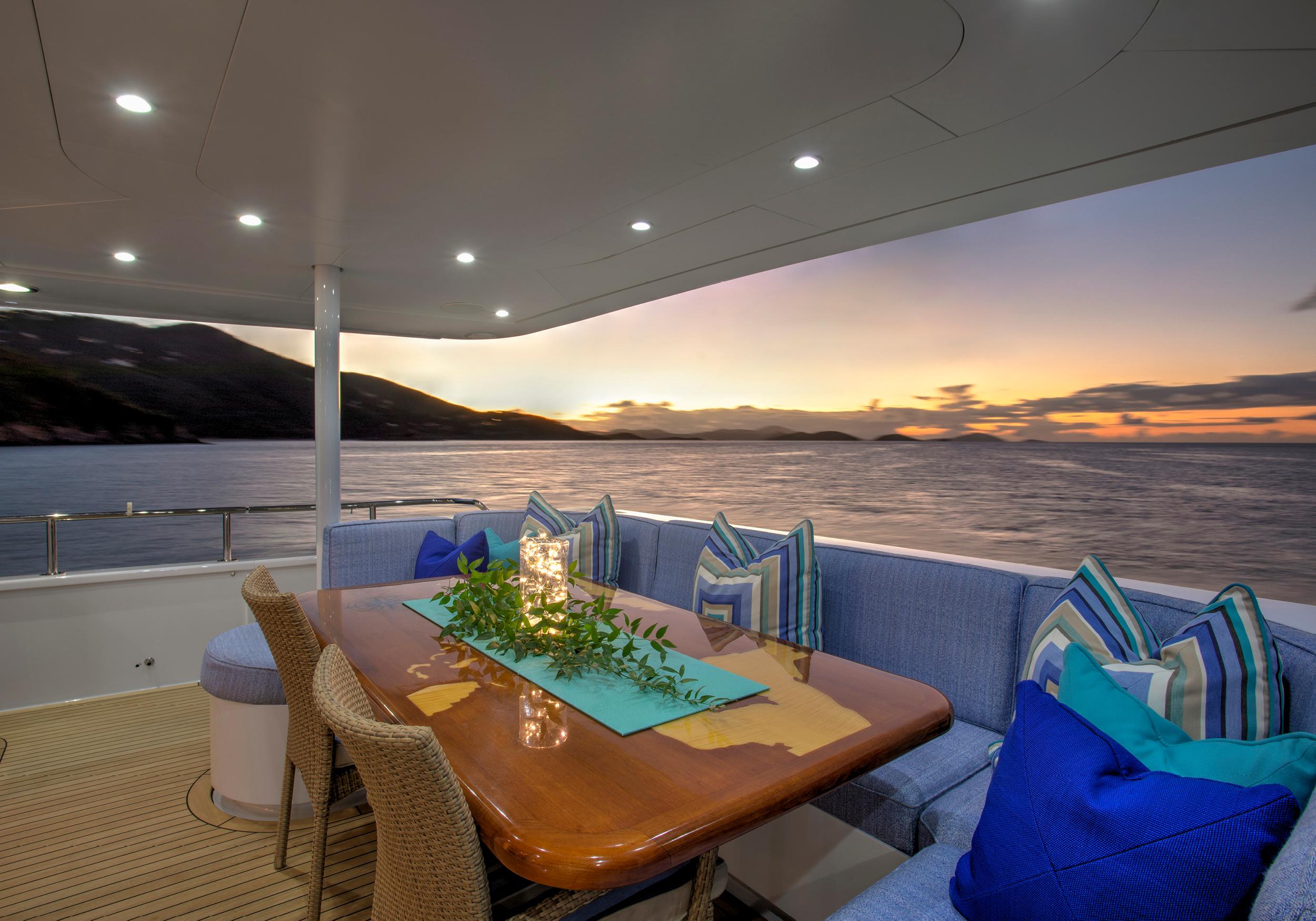 Karen-Lynn-Interior-Design-Yacht-Winning-Hand-20.jpg
