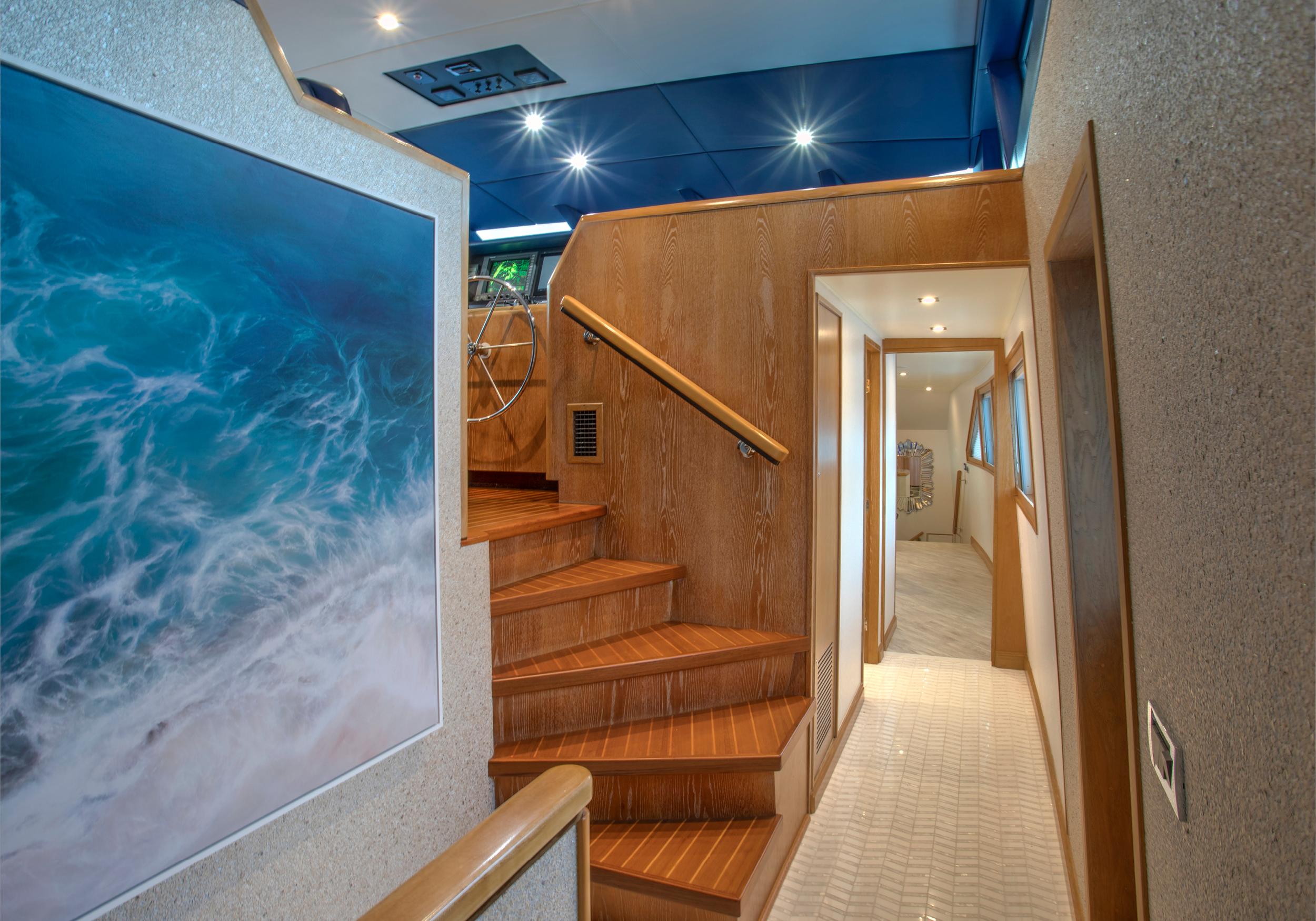 Karen-Lynn-Interior-Design-Yacht-Winning-Hand-8.jpg