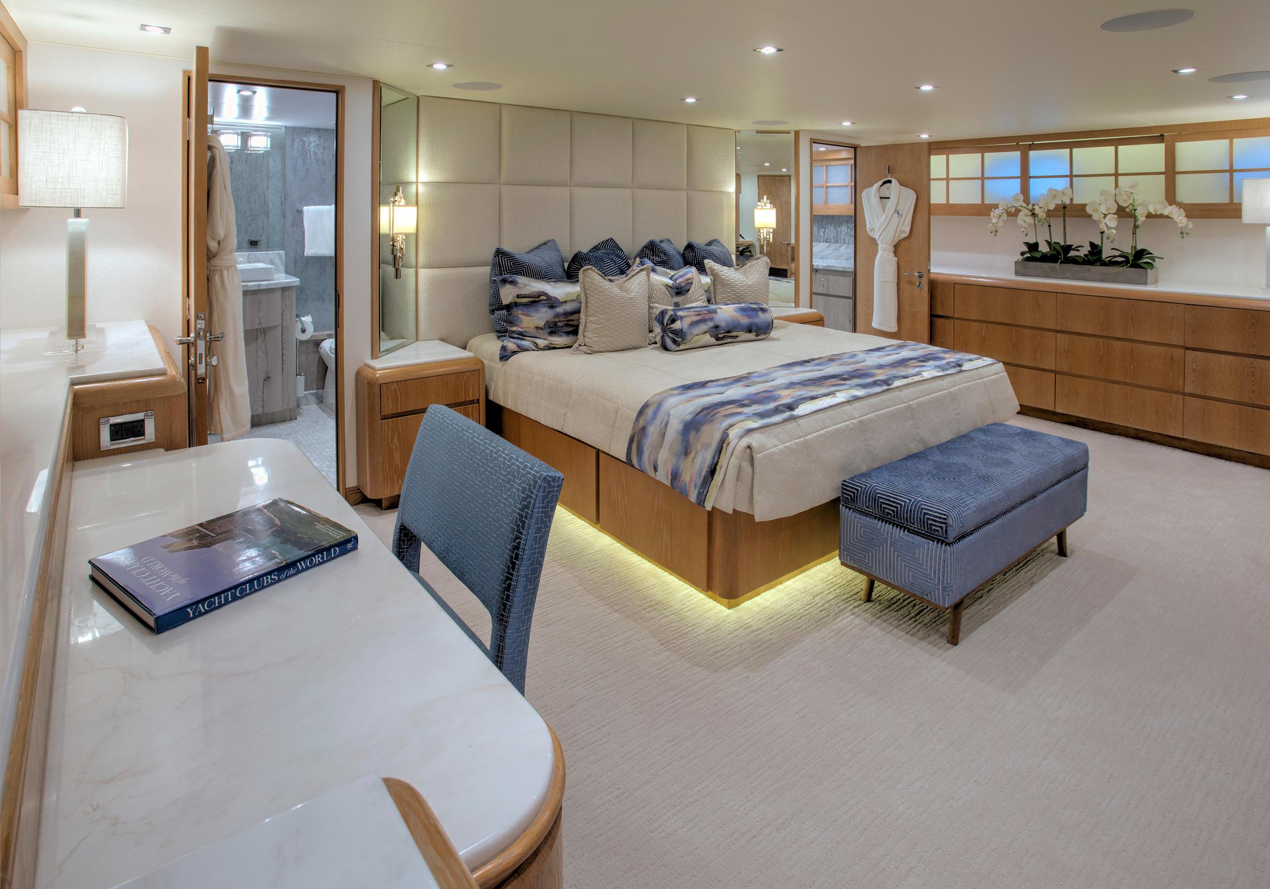 Karen-Lynn-Interior-Design-Yacht-Winning-Hand-15.jpg