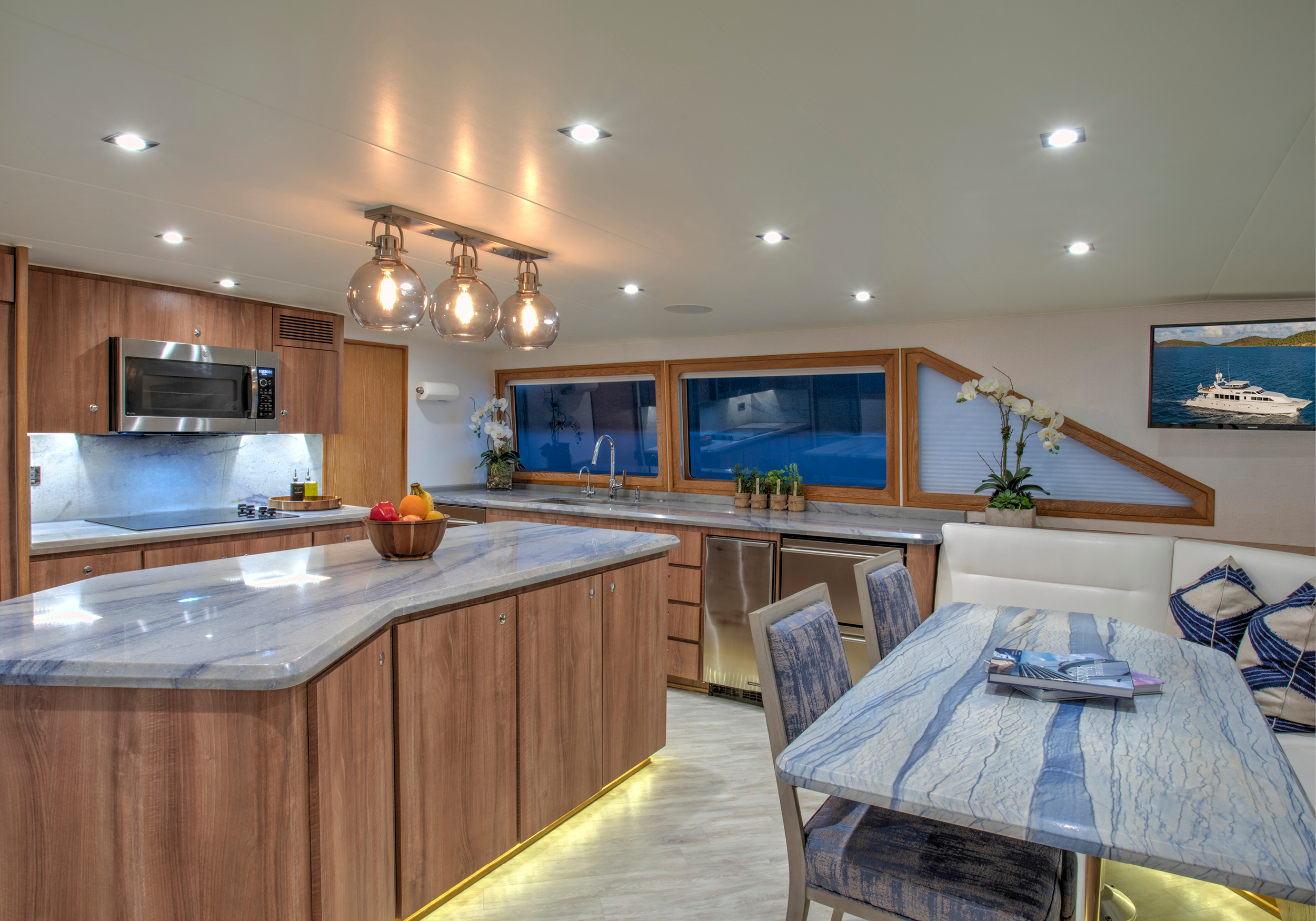 Karen-Lynn-Interior-Design-Yacht-Winning-Hand-22.jpg