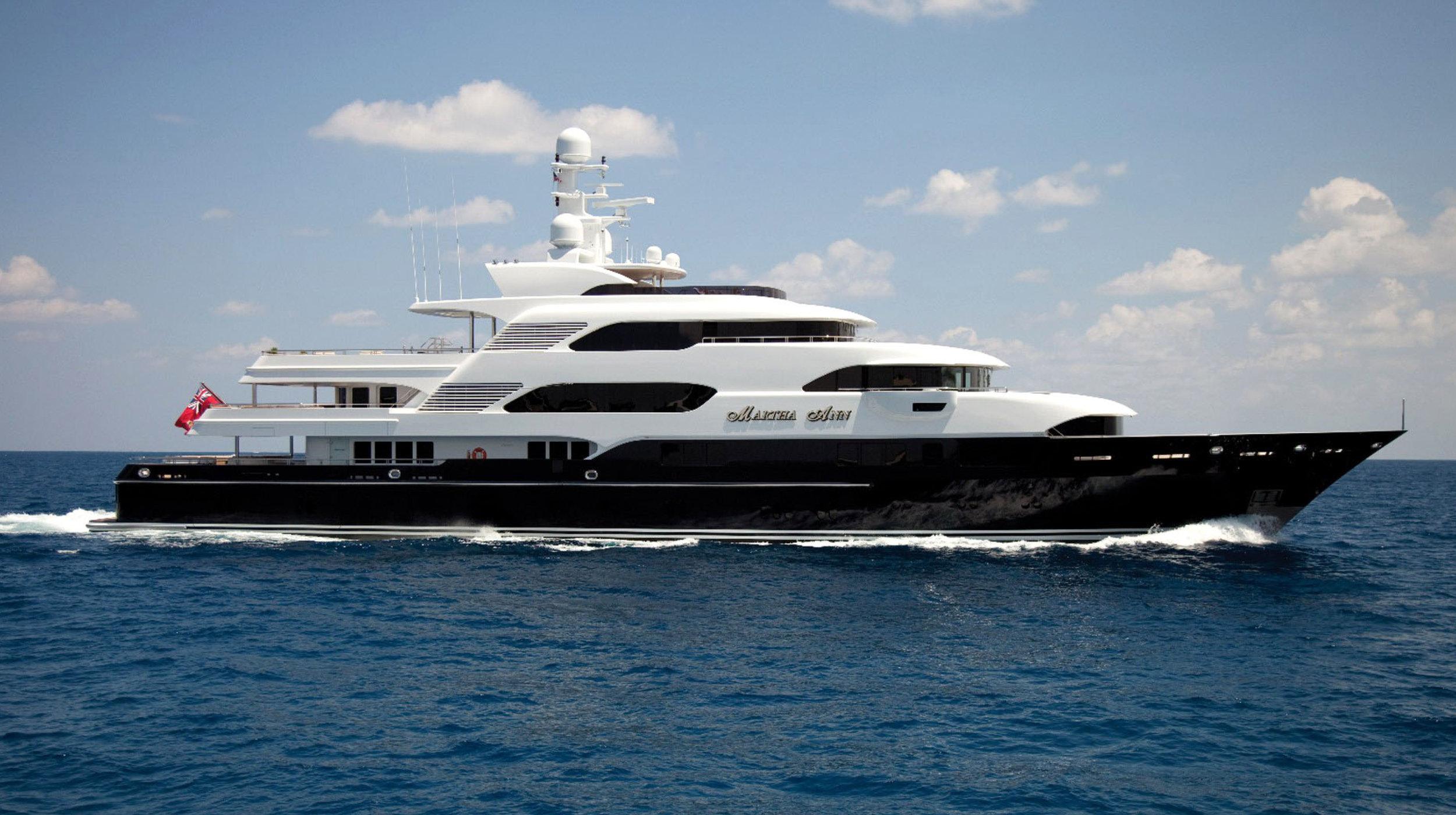 Karen-Lynn-Interior-Design-Yacht-Martha-Ann-1.jpg