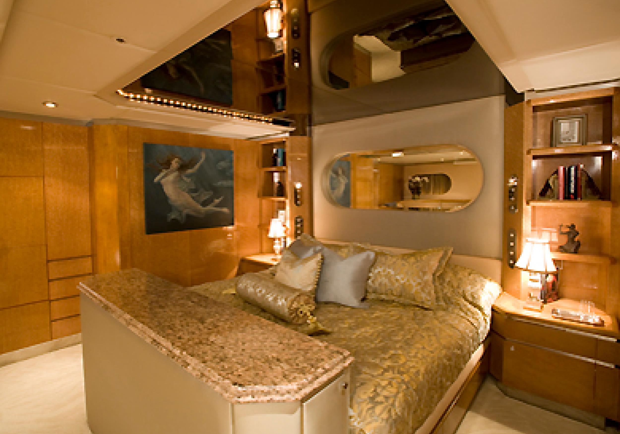 Karen-Lynn-Interior-Design-Yacht-Tooth-Fairy-11.jpg