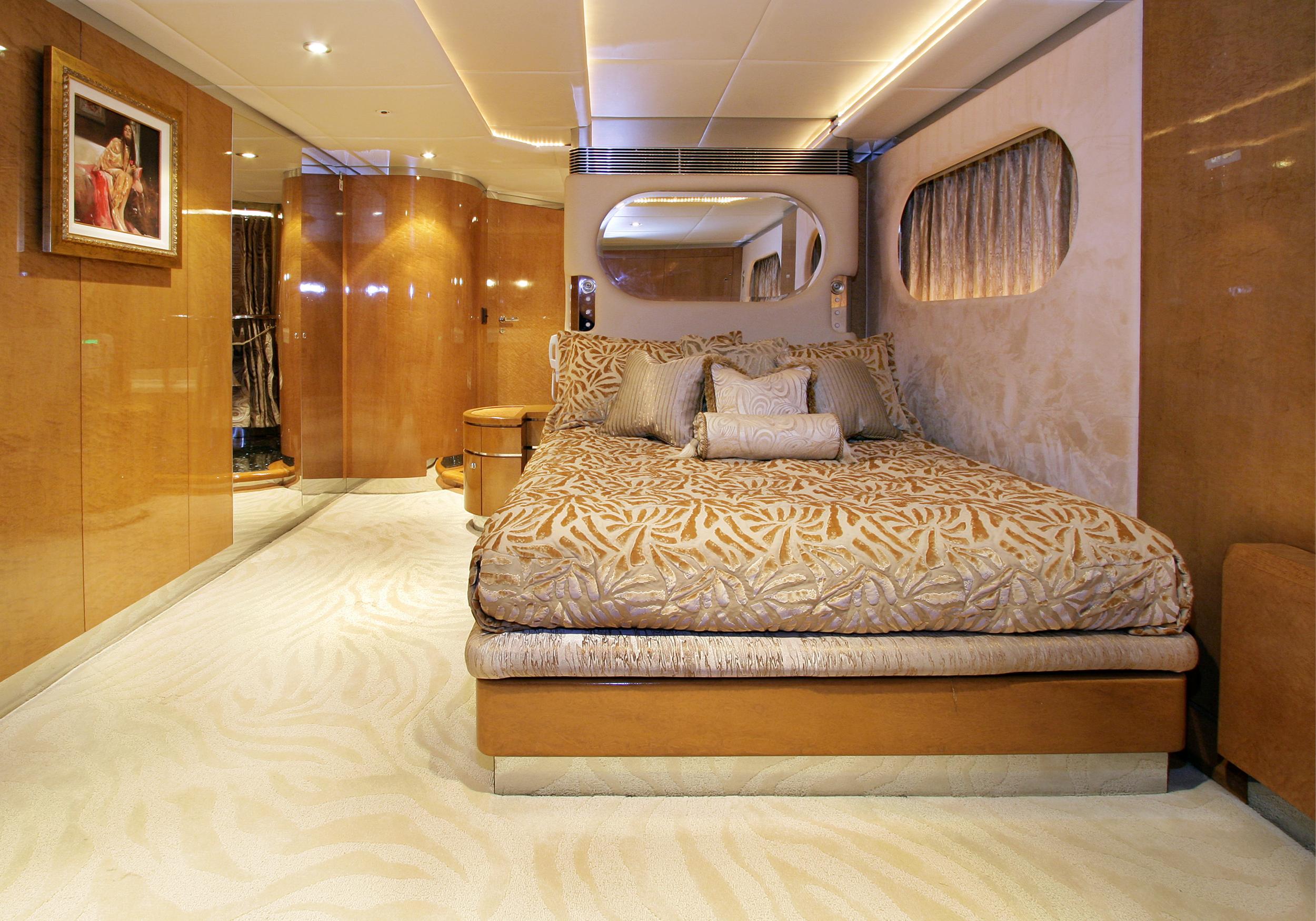 Karen-Lynn-Interior-Design-Yacht-Tooth-Fairy-12.jpg