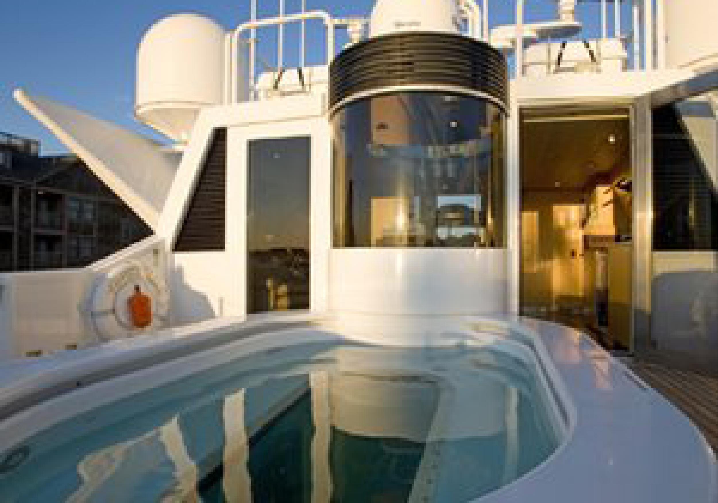 Karen-Lynn-Interior-Design-Yacht-Tooth-Fairy-19.jpg
