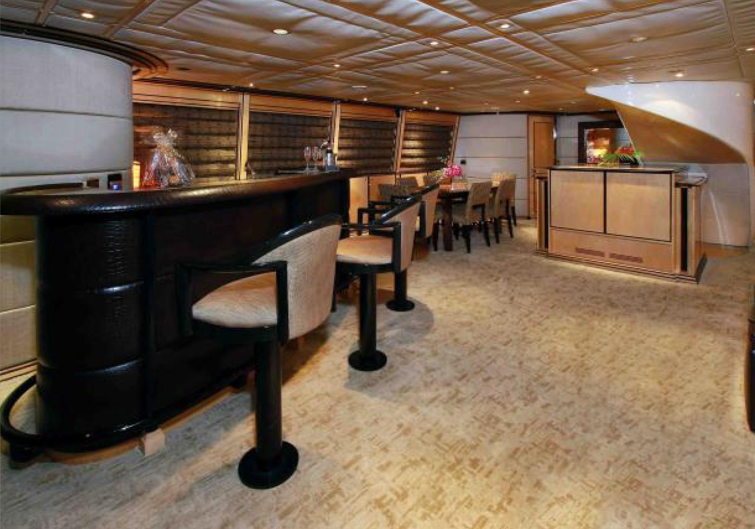 Karen-Lynn-Interior-Design-Yacht-Impulsive-8.jpg
